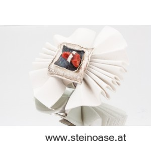 Exquisiter Ring Silber & Koralle